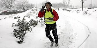 JOGGING: Du trenger ikke legge joggeskoene på hylla selv om det er kaldt. Det gjelder bare å kle seg riktig.