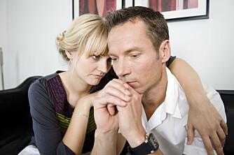 USUNT BESATT: - Du ødelegger deg selv hvis du er i et forhold som over tid krever mer enn det gir, eller hvis du ikke har andre interesser enn partneren og forholdet, sier samlivsterapeut Trine Huseby. FOTO: Colourbox