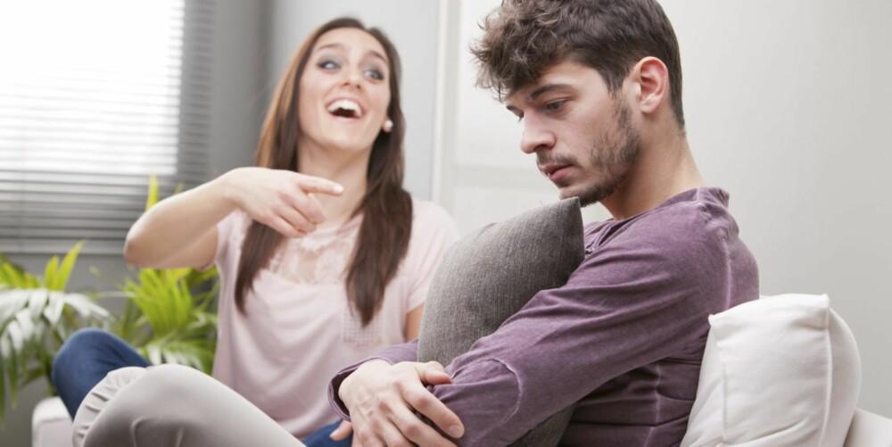 HÅNLIG: Varsellampen bør begynne å blinke når par går inn i en negativ spiral med sterk personkritikk og «hånlige grimaser».