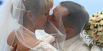 NYGIFT: I 2010 ble det ifølge SSB.no inngått 23.600 ekteskap i Norge, en nedgang på 1000 sammenlignet med året før. 10.300 ektepar ble skilt og 11.700 ektepar ble separert.