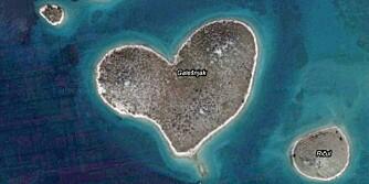 HJERTEFORMET: Galesnjak i Adriaterhavet må trolig være verdens mest perfekte hjerteformede øy.
