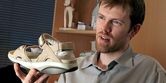 FØLSOM: - Fotsålen er i utgangspunktet like følsom som en håndflate, sier ortoped Sigmar Jack.