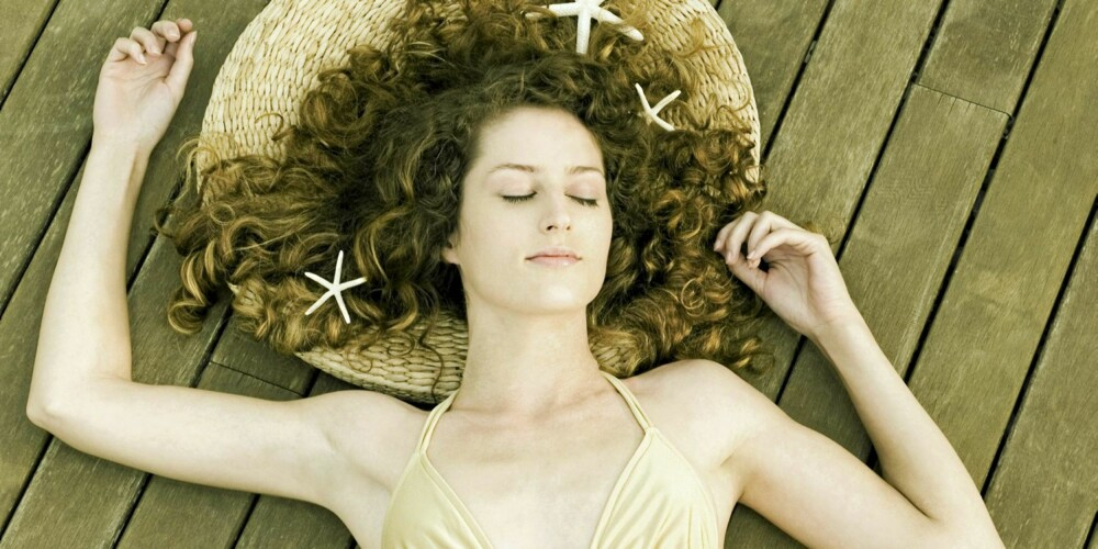 SJØSTJERNE: Personer som sover i en sjøstjerne-positur, kan være egoistiske og lite omtenksomme.