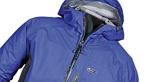 GLIMRENDE: Montane eVent Halo Stretch jacket.