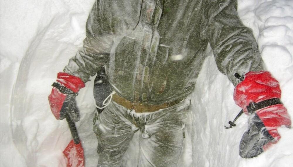 DUGER I KULDA: Vi testet Amundsen Arktis Anojakke på Grønland.