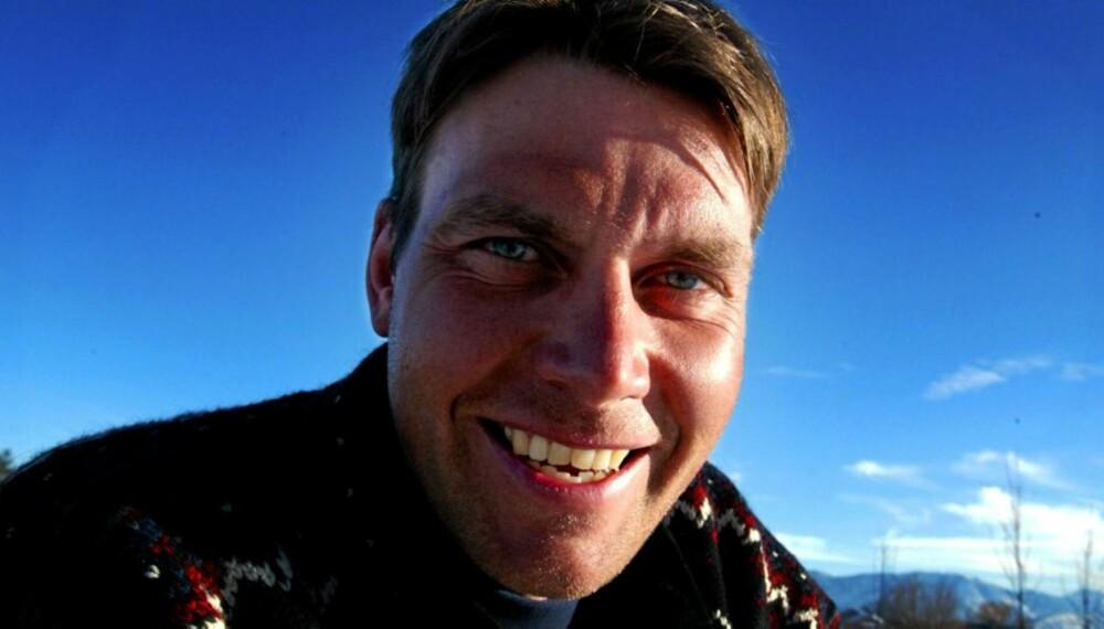 FISKER: Erling Jevne har vunnet mange medaljer for Norge i langrenn. Men han trives også godt på fisketur.