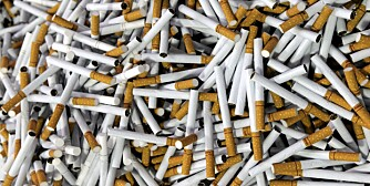 AVGIFTER: Sigarettene fra Billigacigg koster deg egentlig rundt 900 kroner per kartong, og ikke 270 kroner.