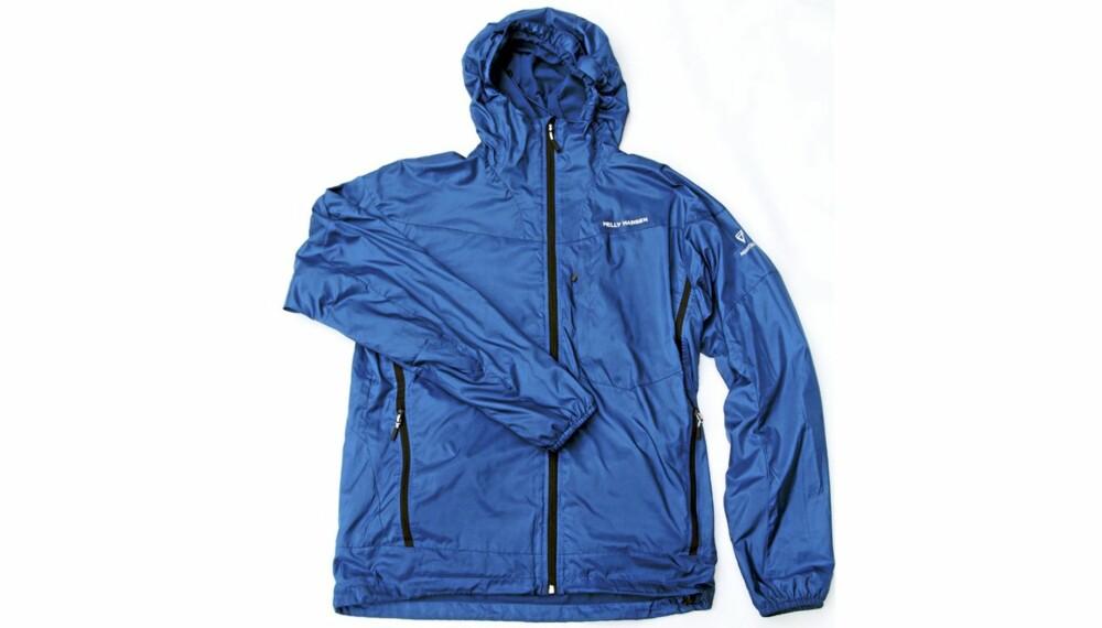 TESTET: Vi har hatt Chill Hooded Jacket fra Helly Hansen inne til test i ca. seks måneder.