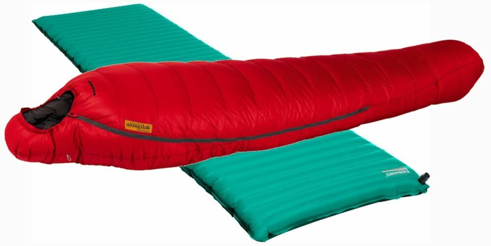 LIGG GODT: Det er mye vekt å spare også på liggeunderlag og sovepose, men husk at en god natts søvn kan være viktigere enn å spare noen få gram!