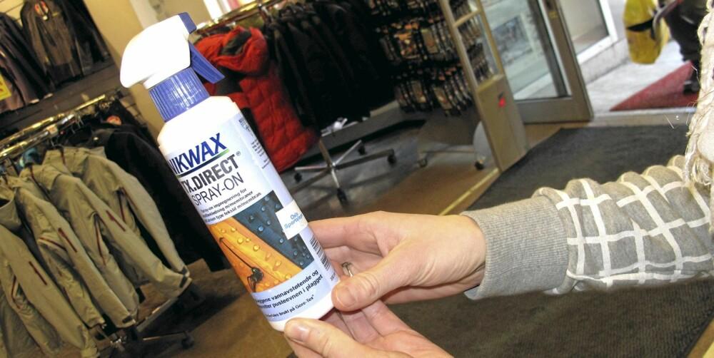 SPRAY: Pass på å velge riktig spray når du skal impregnere dunjakken. Unngå spray beregnet på andre tekstiler, eksempelvis goretex.