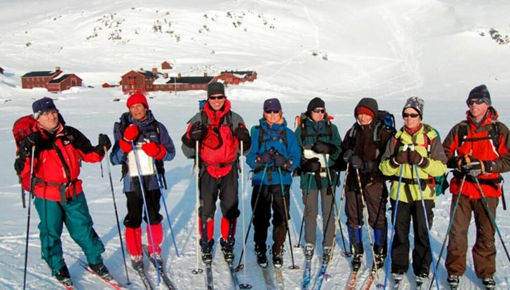 FJELLFLØRT: Mellom skistaver og smurning er det gode sjanser for en liten flørt. Her bilde fra singel-skitur i regi av DNT i Rondane fra Rondvassbu til Bjørnhollia.