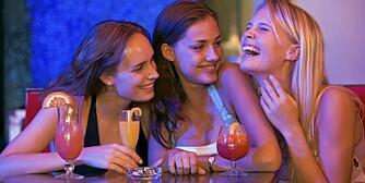 FARLIG: En fuktig kveld på byen er mye farligere for hjertet ditt enn et moderat alkoholinntak gjennom en hel uke, påstår en fransk studie.