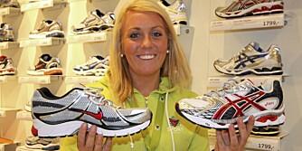 BESTSELGERNE: - Bestselgerne i vår butikk denne våren er Nike Air Pegasus og Asics Gel Nimbus, forteller Helena Henriksen, skoansvarlig i G-Sport i Nydalen.
