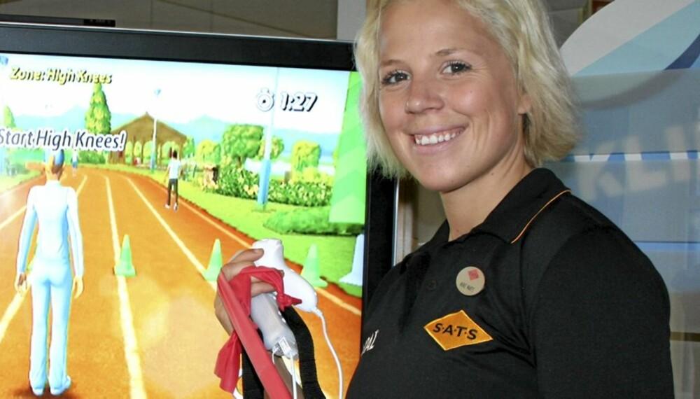 PERSONLIG TRENER: Anne Marte Sneve, personlig trener ved Sats Storo ble med oss da vi så nærmere på det nye spillet Active Personal Trainer for Nintendo Wii.