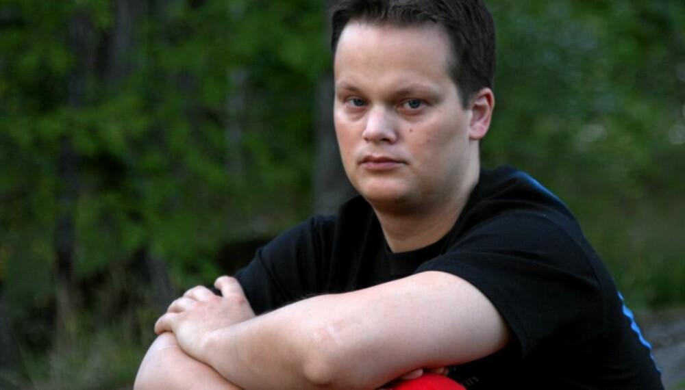 HJERTEINFARKT: Ved siden av de psykiske lidelsene fikk Ståle (32) hjerteinfarkt etter ni år med anabole steroider.