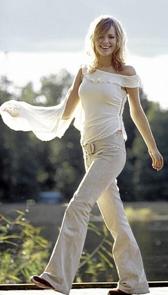 En rask spasertur i lav vårsol kan gi flotte legger og lår og fastere rumpe.
