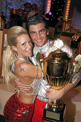 Lene Alexandra  trente knallhardt da hun deltok i «Skal vi danse» i 2008. Arbeidet bar frukter: Hun og og Tom-Erik Nilsen vant TV 2-konkurransen.