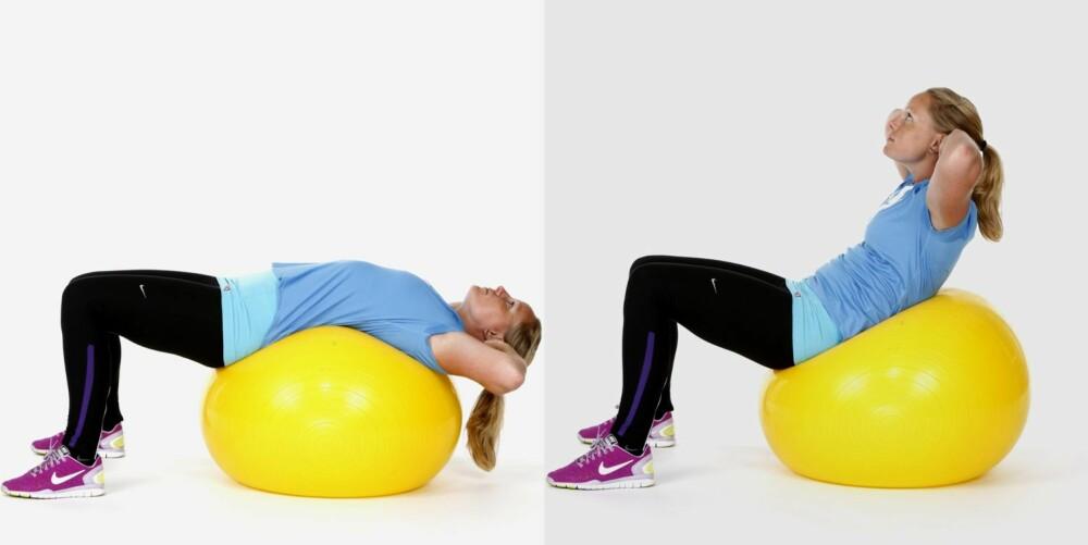 CRUNCH PÅ BALL: Du trener mage.