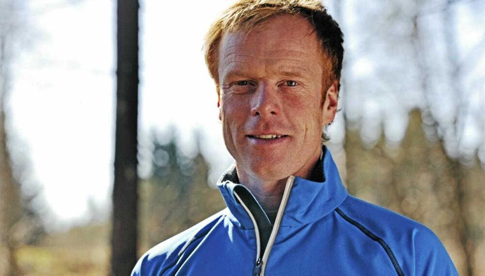 TRENINGSTIPS: Tren dips og push ups, løp i motbakke og tøy ut, er noen av rådene fra skikongen Bjørn Dæhlie.