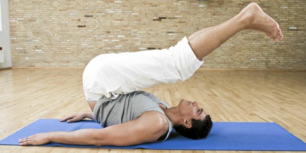 YOGA: Du er slett ikke avhengig av treningssentrene for å ta et kurs i yoga.