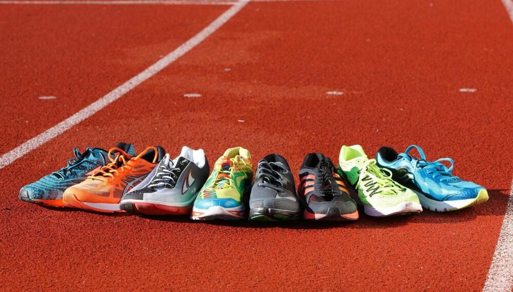TETT LØP: Tre av disse skoene får toppkarakter. FOTO: Petter Berg