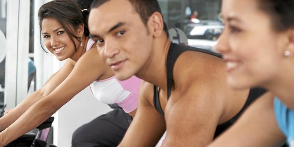 SPINNING: Mennesker er flokkdyr. Mange får motivasjon av å trene i gruppe.
