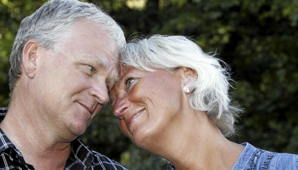 FRISK: Rune Martinsen har hatt brystkreft, men både han og kona Kjersti kan nå glede seg over at han er helt frisk igjen.