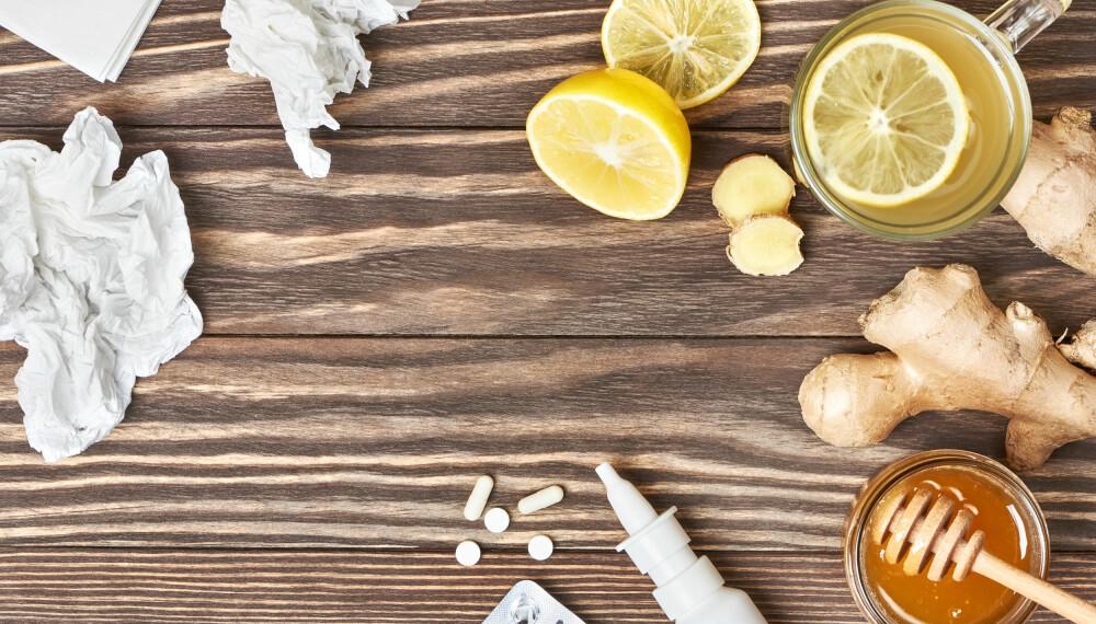 MAT MOT FORKJØLELSE: Ifølge ekspertene finnes det flere typer matvarer som kan hjelpe immunforsvaret å bekjempe forkjølelse og influensa, samt matvarer du med fordel kan holde deg unna. Foto: gettyimages.com