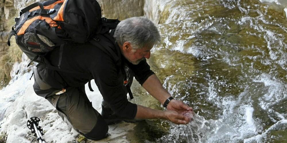 FORPESTET: Harepest kan smitte via forurenset drikkevann når smågnagere har druknet i vannkilden. Hittil i år er 75 friluftsmennesker blitt syke.