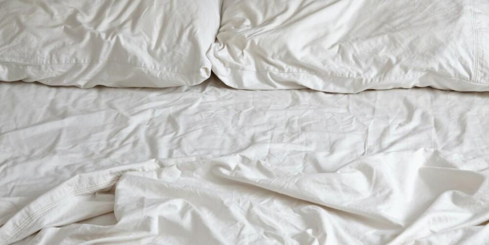 IKKE RE SENGEN: Astma- og allergiforbundet fraråder folk å re sengene sine, iallfall om morgenen. Åpne isteden dynen helt, slik at den får luftet seg i løpet av dagen.