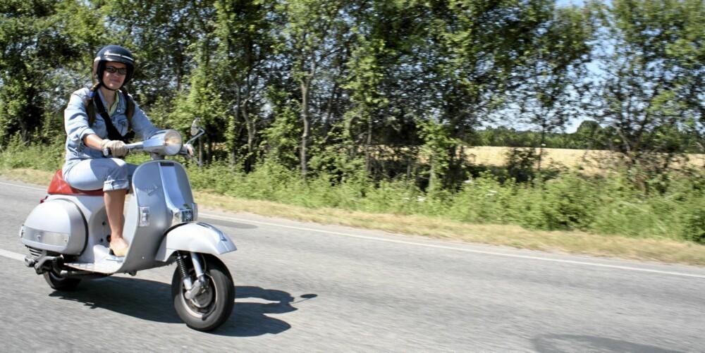 FARLIG: Å kjøre bil, scooter eller motorsykkel er statistisk sett noe av det farligste du gjør i utlandet.