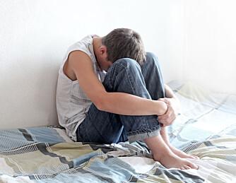 DEPRESJON HOS UNGDOM: - Dersom en ungdom lider av depresjon kan man se dette ved å observere endring i atferd. Det er vanlig at de isolerer seg fra sosiale situasjoner, sover dårlig, klager over smerter i hode og mage og har dårlig appetitt, sier helsesøster Brit Skillebek.