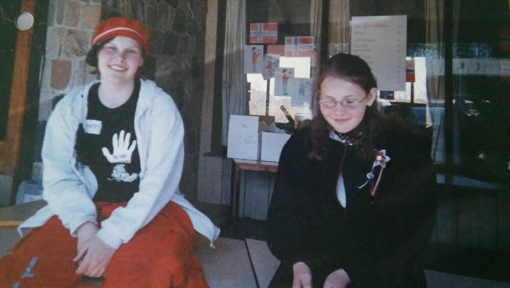 SØSTRE: Storesøster Linda (til venstre) fikk livet snudd opp ned da lillesøster Kristin Juel Johannessen ble drept.