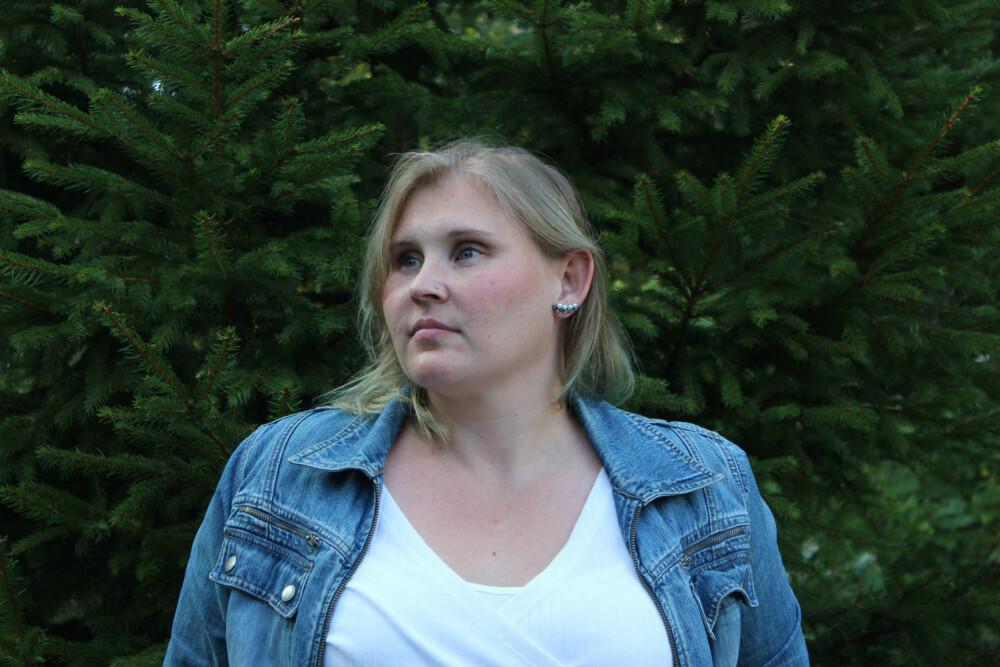 FYSISKE SMERTER: Traumene i etterkant av drapet på Linda Juel Johannesens lillesøster Kristin, førte til fysiske smerter i kroppen.-Det begynte med at jeg ikke klarte å røre på høyre armen. Dersom jeg forsøkte å strekke den ut, så smalt det til med smerter. FOTO: Privat.