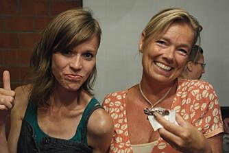 KOSELIG: På leiren lærer man å slappe av, og man får mange nye venner. Her er Elin Moen (t.v.) i fjor sammen med tidligere daglig leder Helle Borchgrevink.