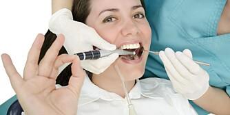 PASIENTEN ER SJEFEN: Mange har blitt overkjørt av skoletannlegen i sin tid, og det kan ha utløst tannlegeskrekken. Det er viktig at pasienten får bestemme over prosessen.