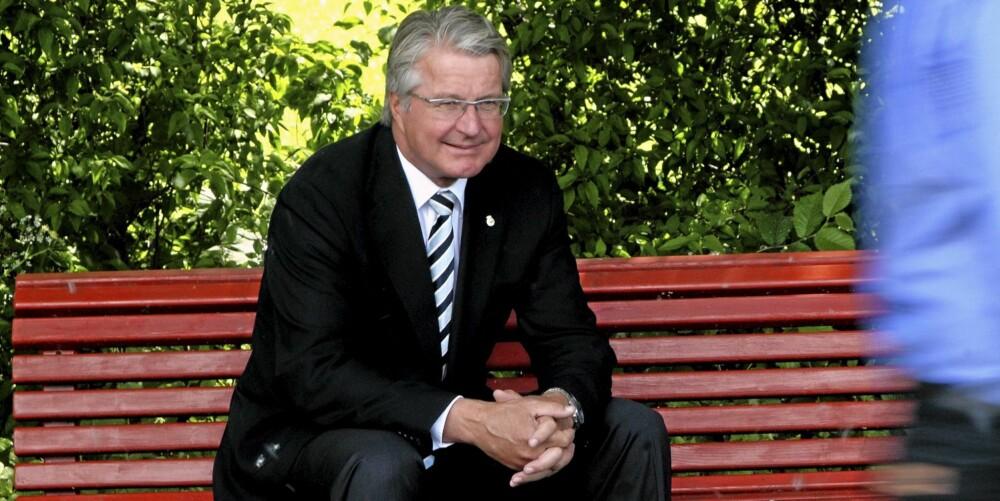 NYSGJERRIG: - Å sitte og glane på folk er like godt som teater for meg, sier Oslo-ordfører Fabian Stang.