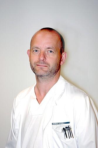 VISS OPTIMISTE: Nevrolog Are Brean ved Sykehuset i Vestfold mener det er grunn til å ha en viss optimisme når det gjelder nye behandlingsmetoder av Pakinsonpasienter.