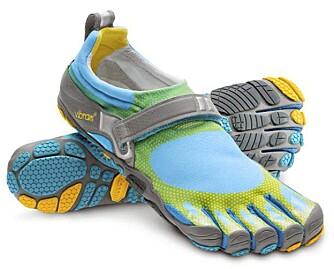LETT PÅ FOTEN: Eksempel på et par «løpesokker», disse fra Vibram.