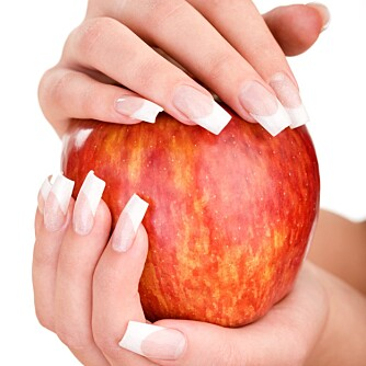 EN DEL AV DET: Noen negleforandringer er ikke farlige, og det er sjelden at symptomer på sykdommer først vises på neglene.