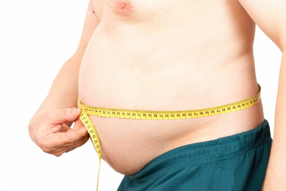 KOLESTEROL: Siden vi ikke merker om vi har høyt eller lavt kolesterol, bør fastlegen måle det rutinemessig.