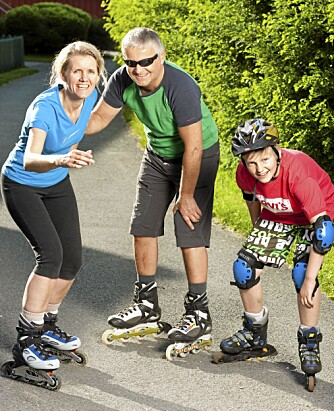 AKTIV: Eldbjørg, Tore og Håvard liker å holde seg i aktivitet. At den ene er blind, er intet hinder.