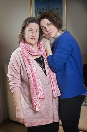 STØTTE FRA MAMMA: Susann Olsen (29) var voksen da hun fikk vite at hun led av Sjøgrens syndrom. Gjennom hele oppveksten hadde hun fått oppmuntring og støtte fra mamma Grethe.
