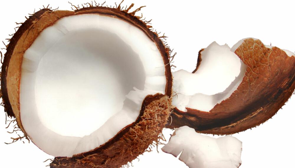Kokosnøtt er en smakfull ingrediens i asiatiske gryteretter og supper, såvel som i kaker og drinker.