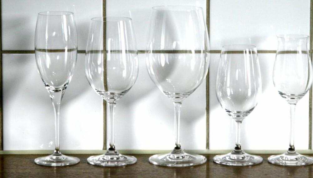GODE GLASS: Fem forskjellige glass fra Riedels Vinum-serie.