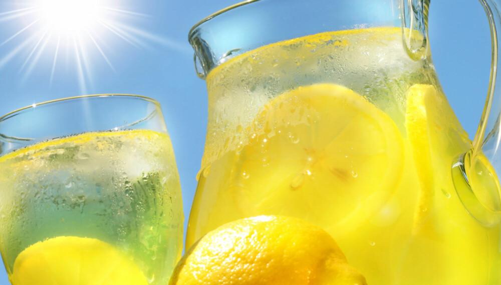 LIMONADE: Det er lite som slår limonade i sommervarmen.