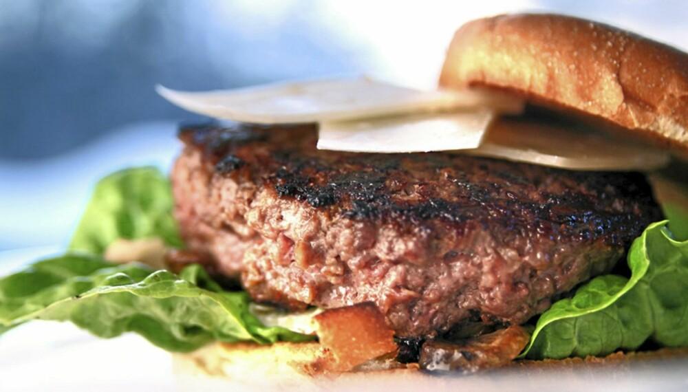 BURGER: Hamburger kan være god hverdagsmat, men kan også jazzes opp til å bli luksus.