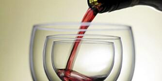 TIL LAM: Til lammesteken drikker man rødvin.