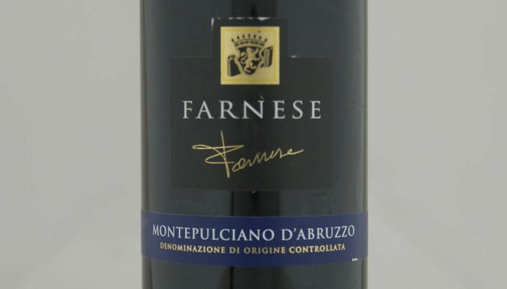 TOPP 10 RØDVIN: Farnese Montepulciano d'Abruzzo 2010 er på delt syvendeplass.