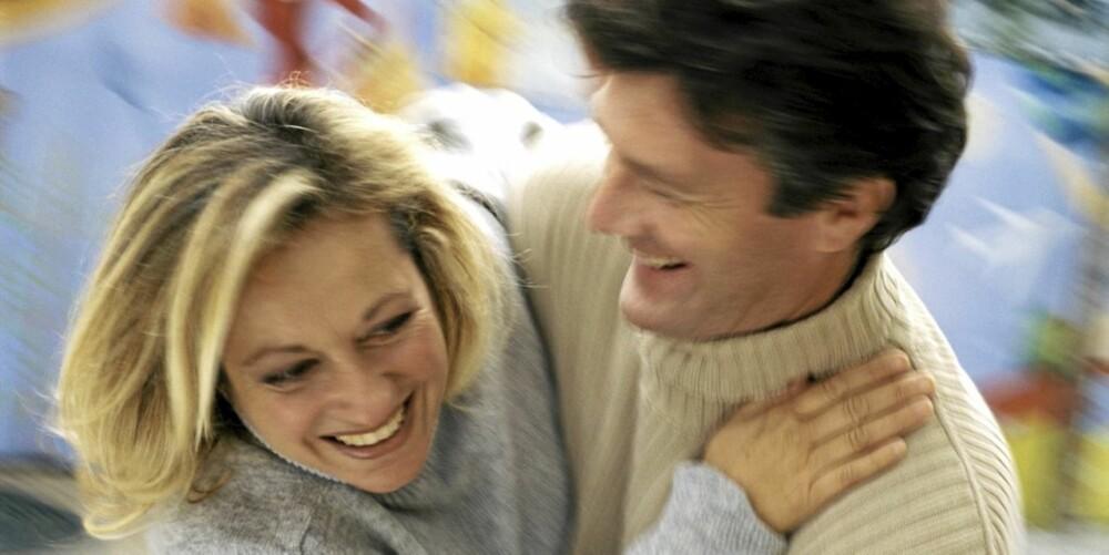 MENN LYKKES OFTERE: Menn som søker kjærligheten på nettet lykkes oftere enn kvinner, sier forskningsrapport.